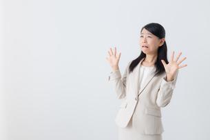日本人ビジネスウーマンの写真素材 [FYI04695836]