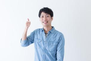 日本人男性の写真素材 [FYI04697717]