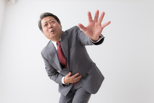 日本人シニアビジネスマンの写真素材 [FYI04698455]
