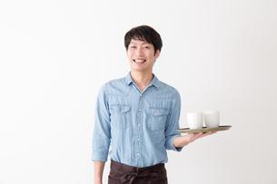 カフェ店員の写真素材 [FYI04700032]