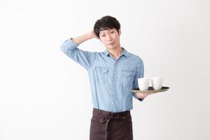 カフェ店員の写真素材 [FYI04700084]