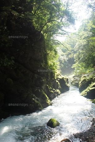 高千穂の風景 天安河原 の写真素材 [FYI04700247]