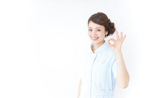 okサインをする看護師の写真素材 [FYI04701404]