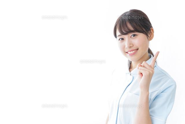 アドバイスをする看護師の写真素材 [FYI04702271]