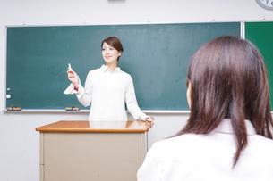 学校・授業イメージの写真素材 [FYI04702944]