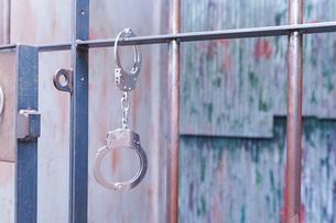 逮捕・刑務所・犯罪イメージの写真素材 [FYI04703104]