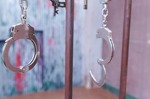 逮捕・刑務所・犯罪イメージの写真素材 [FYI04703106]