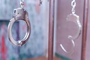 逮捕・刑務所・犯罪イメージの写真素材 [FYI04703108]