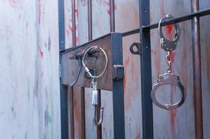 逮捕・刑務所・犯罪イメージの写真素材 [FYI04703111]