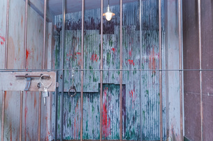 逮捕・刑務所・犯罪イメージの写真素材 [FYI04703112]