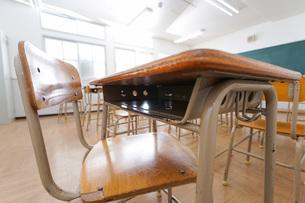 誰もいない学校の教室の写真素材 [FYI04703140]