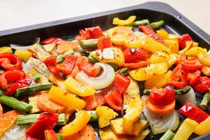 焼き野菜の写真素材 [FYI04703371]