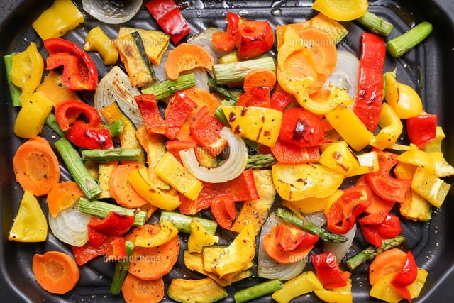 焼き野菜の写真素材 [FYI04703392]