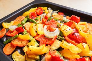 焼き野菜の写真素材 [FYI04703403]