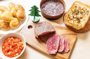 クリスマスディナーの写真素材 [FYI04703542]