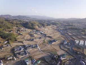 日本の田園風景ドローン撮影・淡路島の写真素材 [FYI04703557]