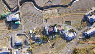日本の田園風景ドローン撮影・淡路島の写真素材 [FYI04703584]