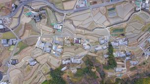 日本の田舎風景・ドローン撮影の写真素材 [FYI04703623]