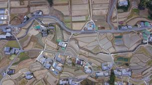 日本の田舎風景・ドローン撮影の写真素材 [FYI04703624]