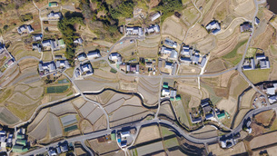 日本の田舎風景・ドローン撮影の写真素材 [FYI04703635]