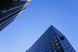 高層ビル・タワーマンションの写真素材 [FYI04703647]