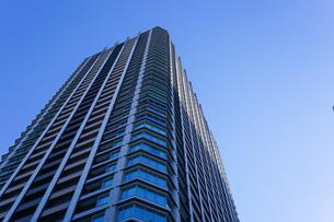 高層ビル・タワーマンションの写真素材 [FYI04703649]