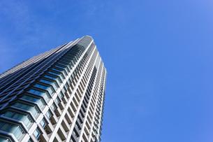 高層ビル・タワーマンションの写真素材 [FYI04703652]