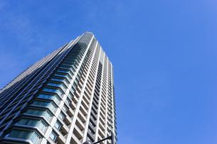 高層ビル・タワーマンションの写真素材 [FYI04703653]
