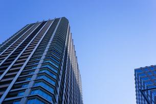 高層ビル・タワーマンションの写真素材 [FYI04703655]