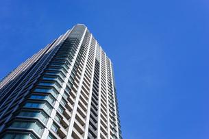 高層ビル・タワーマンションの写真素材 [FYI04703657]