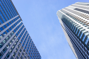高層ビル・タワーマンションの写真素材 [FYI04703658]