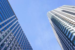 高層ビル・タワーマンションの写真素材 [FYI04703663]