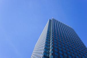 高層ビル・タワーマンションの写真素材 [FYI04703665]