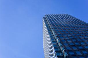 高層ビル・タワーマンションの写真素材 [FYI04703666]