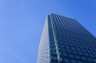 高層ビル・タワーマンションの写真素材 [FYI04703670]