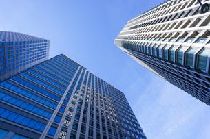 高層ビル・タワーマンションの写真素材 [FYI04703672]