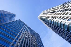高層ビル・タワーマンションの写真素材 [FYI04703673]