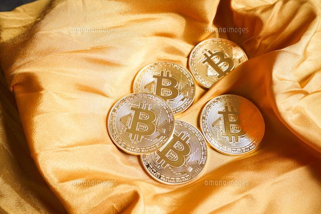 仮想通貨・ビットコインイメージの写真素材 [FYI04703691]