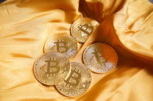 仮想通貨・ビットコインイメージの写真素材 [FYI04703702]