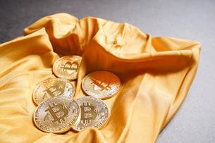仮想通貨・ビットコインイメージの写真素材 [FYI04703706]