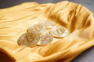 仮想通貨・ビットコインイメージの写真素材 [FYI04703709]
