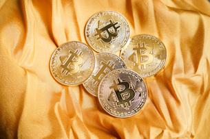 仮想通貨・ビットコインイメージの写真素材 [FYI04703713]