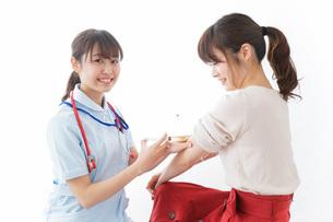 注射・予防接種の写真素材 [FYI04703893]