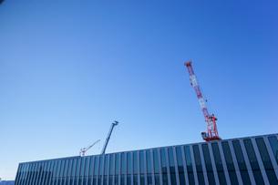タワークレーン・建設ラッシュの写真素材 [FYI04704069]