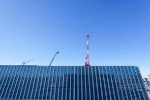 タワークレーン・建設ラッシュの写真素材 [FYI04704074]