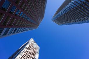 高層ビル・タワーマンションの写真素材 [FYI04704193]