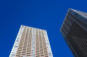 高層ビル・タワーマンションの写真素材 [FYI04704203]