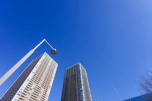 高層ビル・タワーマンションの写真素材 [FYI04704206]