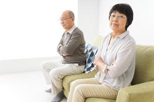 夫婦喧嘩・熟年離婚の写真素材 [FYI04704735]