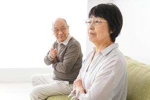 夫婦喧嘩・熟年離婚の写真素材 [FYI04704746]